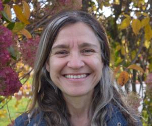 Elizabeth Faria's profile image